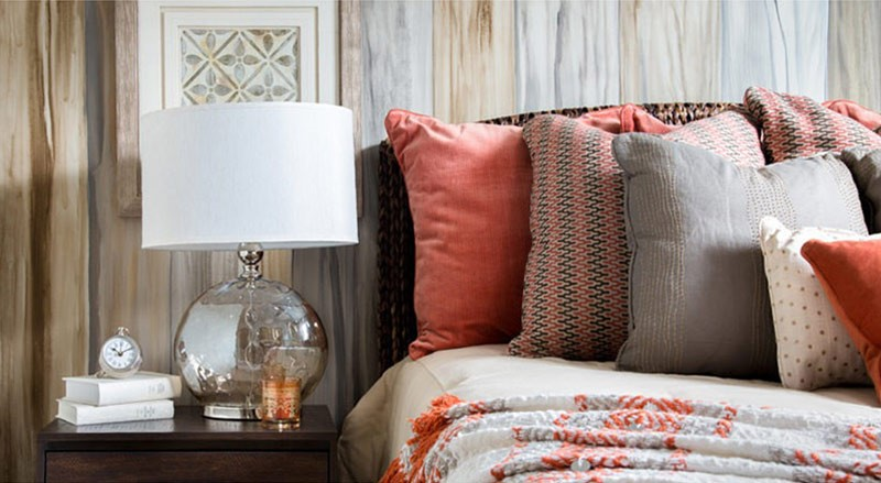 5 Ways to Decorate with the Color of the Year