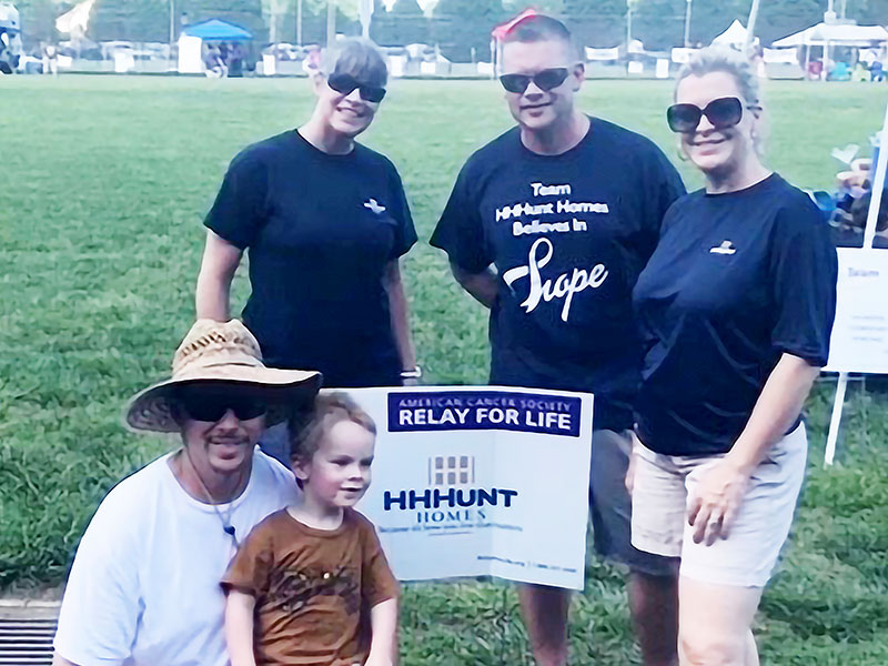 HHHunt Employee Ambassadors Volunteer to Help Others